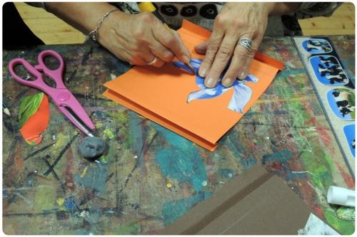 atelier,adultes,mjc,arts,plastiques,livre,tunnel,collage,découpage