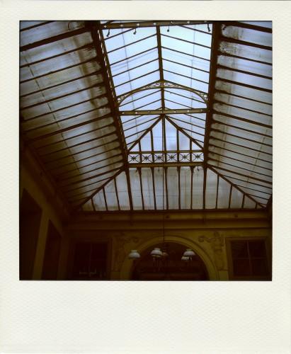 plafond verre.jpg